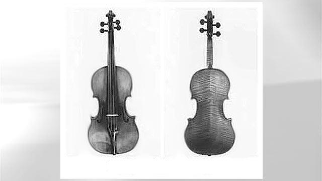 PHOTO: Davidoff-Morini Stradivarius.