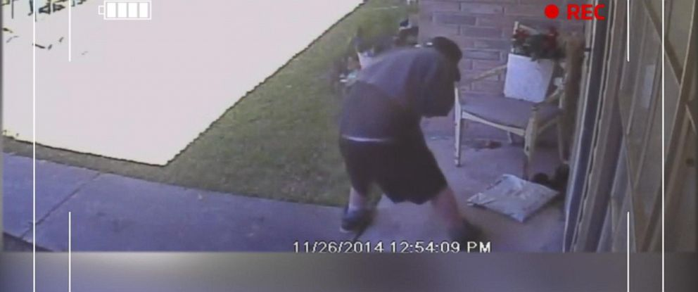 PHOTO: Texas homeowner Jeff Turner turned to social media after a teen snatched a package off his front doorstep.