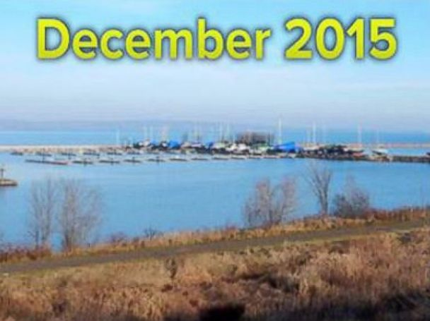 PHOTO: Lake Superior was completely frozen in Dec. 2014, and ice free in Dec. 2015.