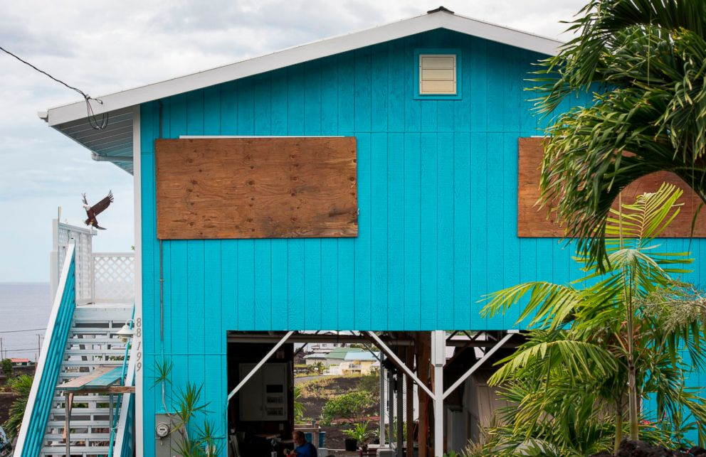 PHOTO: A home is seen borded up before the arrival of Hurricane Lane in Milolii, Hawaii, Aug. 23, 2018.