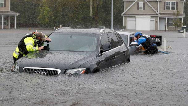 https://s.abcnews.com/images/US/hurricane-florence-04-ap-mt-180916_hpMain_16x9_608.jpg