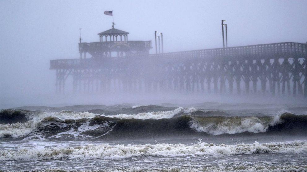 https://s.abcnews.com/images/US/hurricane-florence-sc-1-gty-mem-180914_hpMain_16x9_992.jpg