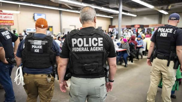 Lawmakers travel to Mississippi, looking closer at impact of controversial ICE raids