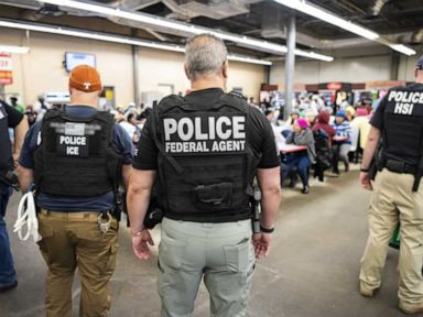 Kids left without either parent at home for 8 days after Mississippi ICE raid