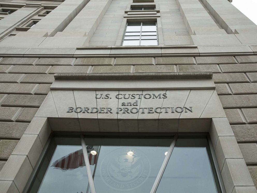 PHOTO: Entrance of the U.S. Customs and Border Protection headquarters in Washington, D.C. on March 7, 2017.