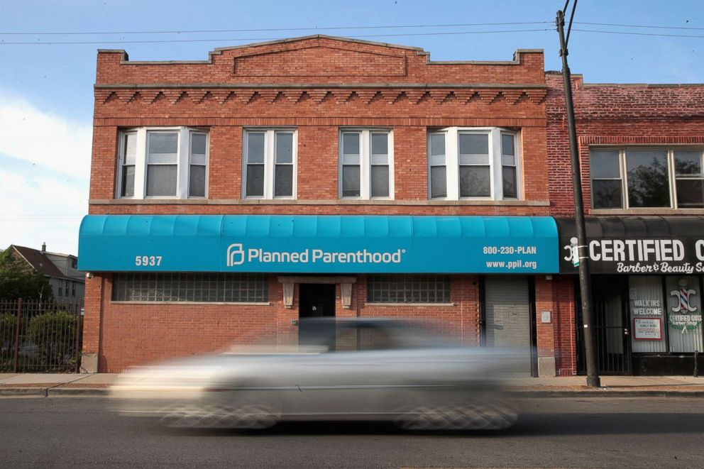 PHOTO: A motorist passes a Planned Parenthood clinic, May 18, 2018, in Chicago, Illinois.