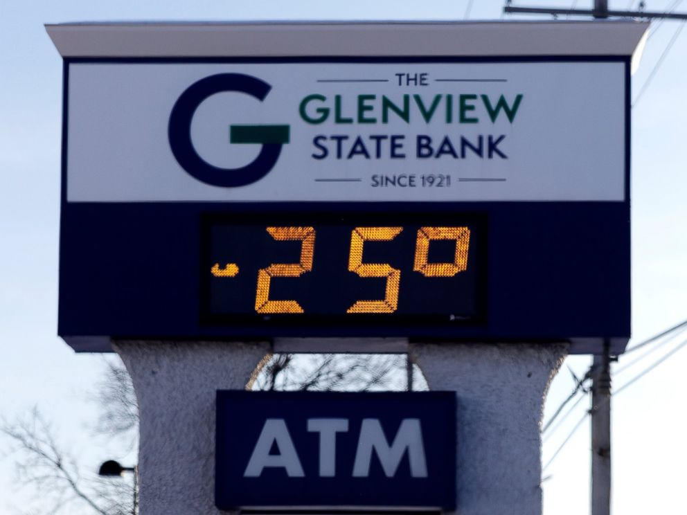 PHOTO: A sign shows the current outdoor temperature in Glenview, Ill., Wednesday, Jan. 30, 2019.
