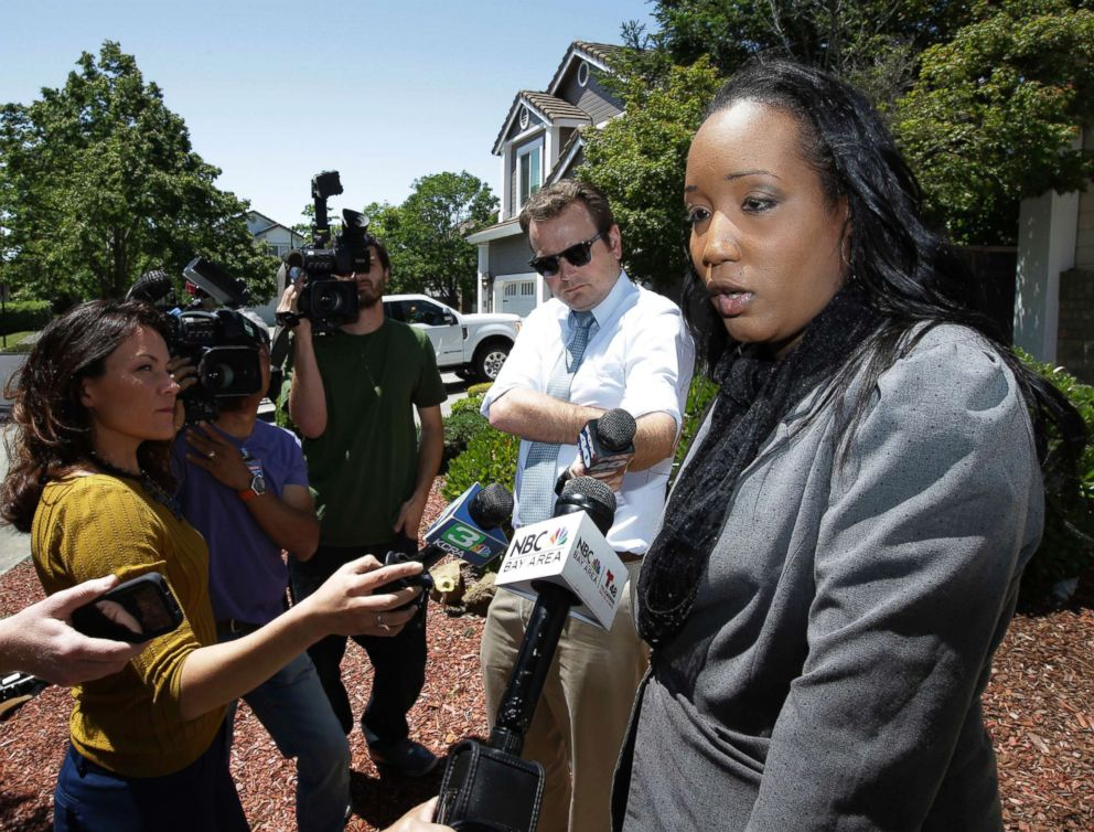 PHOTO: Ina Rogers talks with reporters about the seizure of her 10 children by law enforcement, May 14, 2018, in Fairfield, Calif.