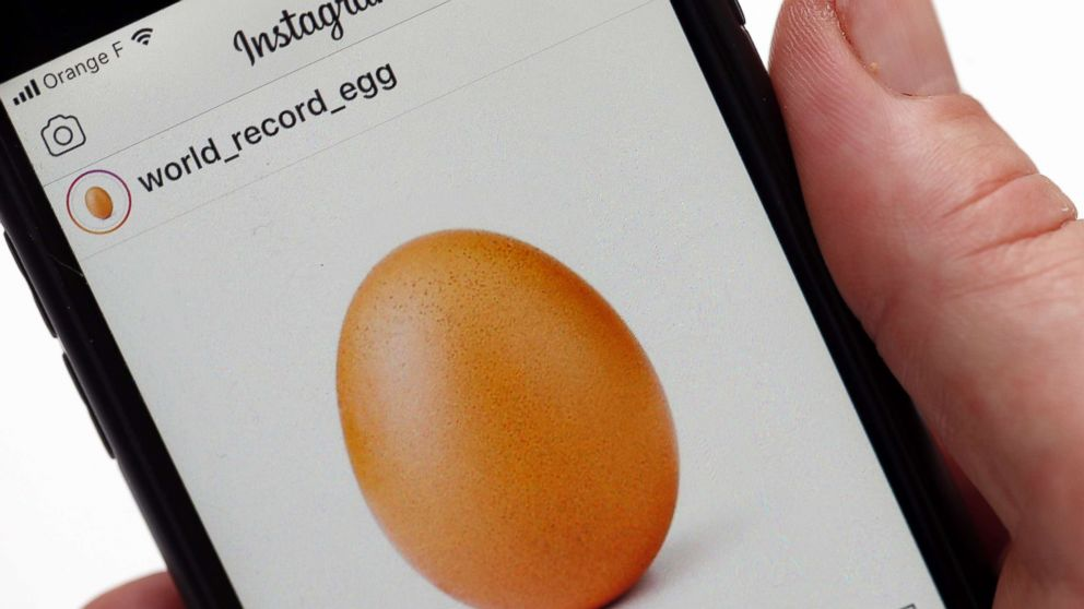 Egg Cellent An Egg Becomes The Most Liked Image On Instagram Abc News