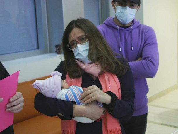 PHOTO: Iris Nolasco meets her baby Isabella Michelle for the first time after giving birth to her at Maimonides Medical Center in the Brooklyn borough of New York, April 21, 2020.