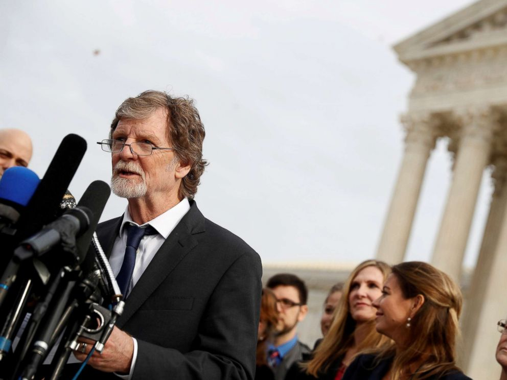 Christian baker who won Supreme Court case in new cake