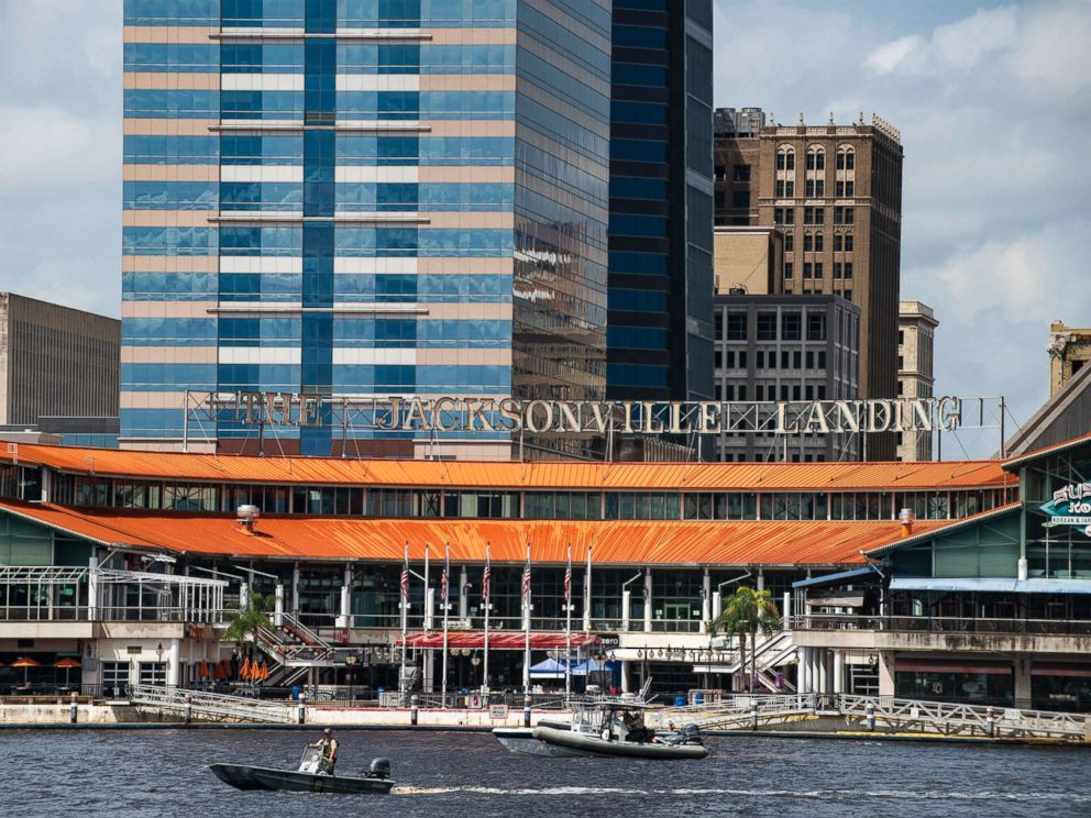 PHOTO: The coast guard patrols the St Johns river outside of the Jacksonville Landing in Jacksonville, Fla., Aug. 26, 2018.
