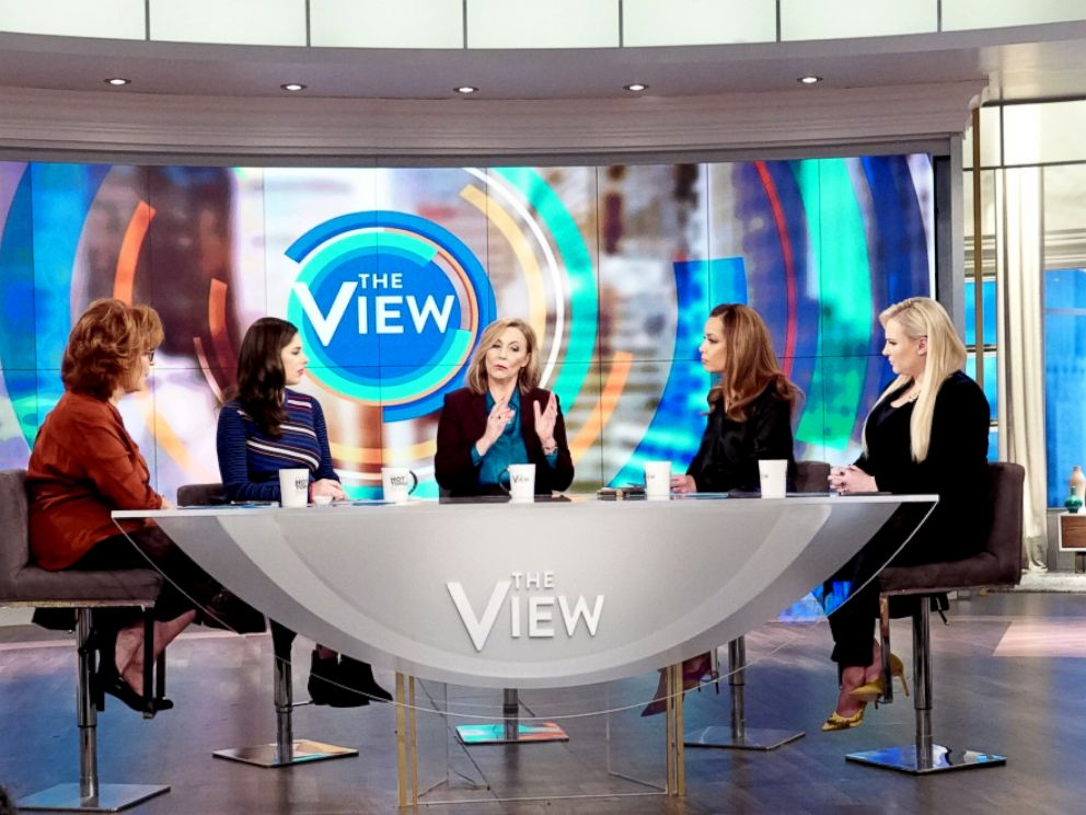 PHOTO: Jen Broberg from Abducted in Plain Sight explains to The View co-hosts how Robert Birtchtold manipulated her her childhood and kidnappings, Feb. 25, 2019.