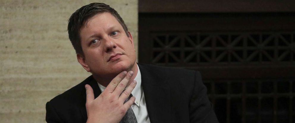 PHOTO: Chicago police Officer Jason Van Dyke listens at the Leighton Criminal Court Building, Oct. 5, 2018, in Chicago.