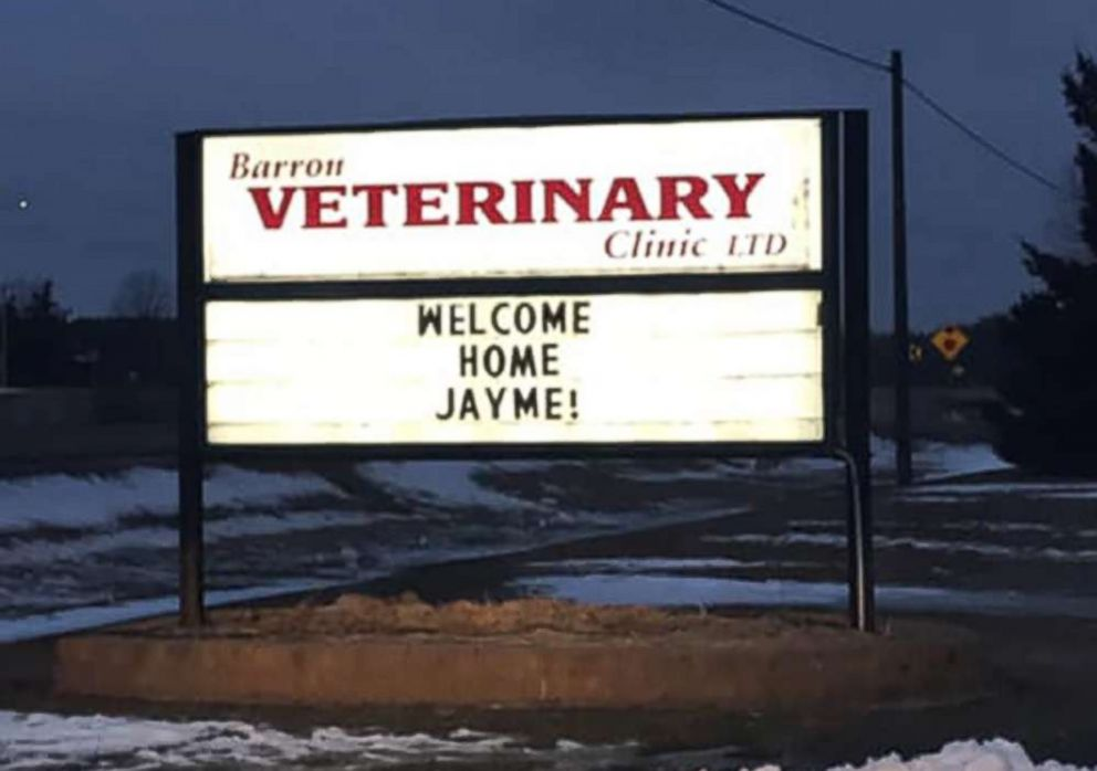PHOTO: Signs welcoming Jayme Closs home are seen in Barron County, Wisc.