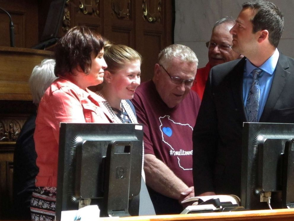 PHOTO: Kidnapping victim Jayme Closs, second from left, appears with her family and supporters to receive a hometown hero award from the Wisconsin Assembly on Wednesday, May 15, 2019, in Madison, Wis.
