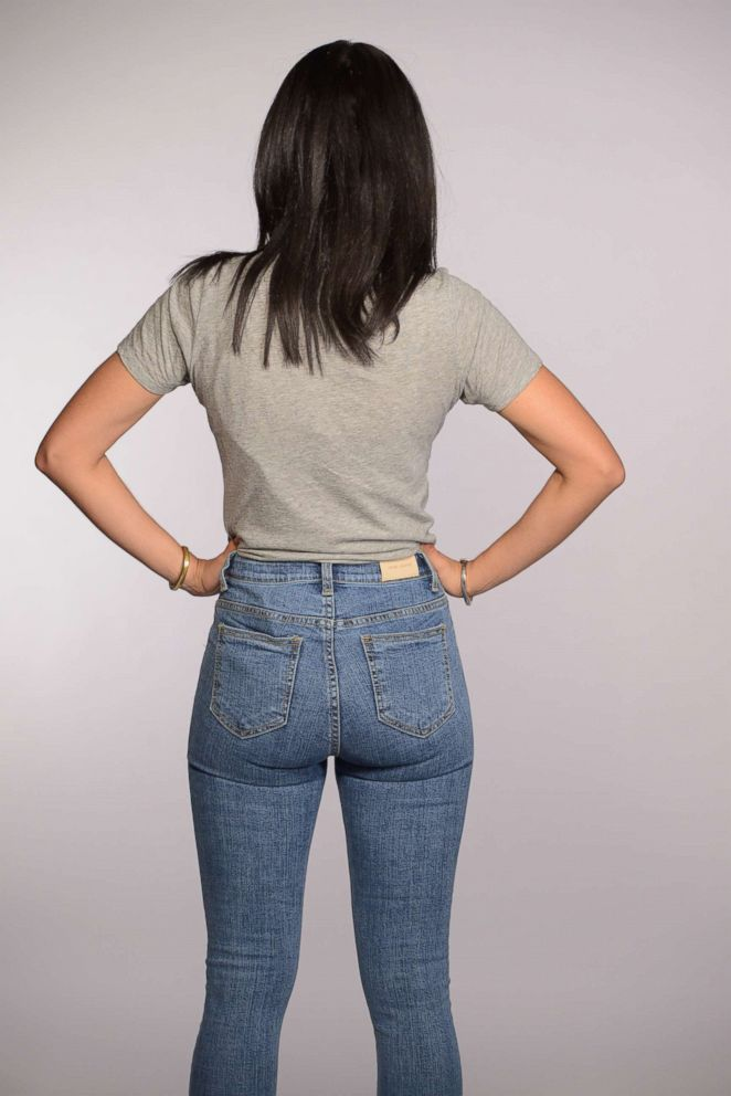 Gabbie Cirelli wears a pair of 5KG jeans.
