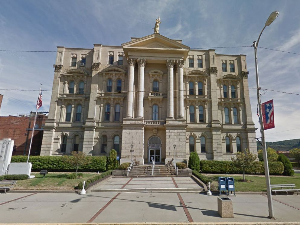 PHOTO: The Jefferson County Courthouse in Steubenville, Ohio.