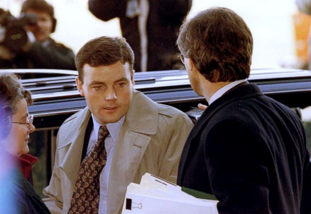PHOTO: John Wayne Bobbitt arrives at the Prince William County Court House Jan. 10, 1994 for the first day of his wifes trial on charges of malicious wounding.