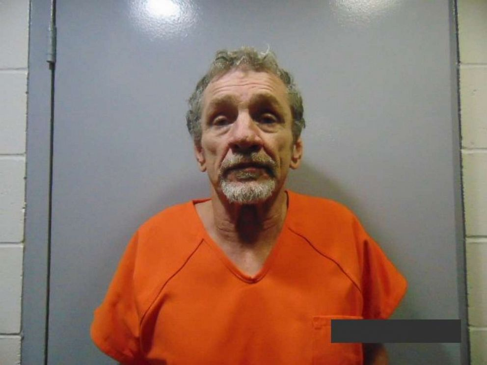 3 inmates, including alleged murderer, escape jail in
