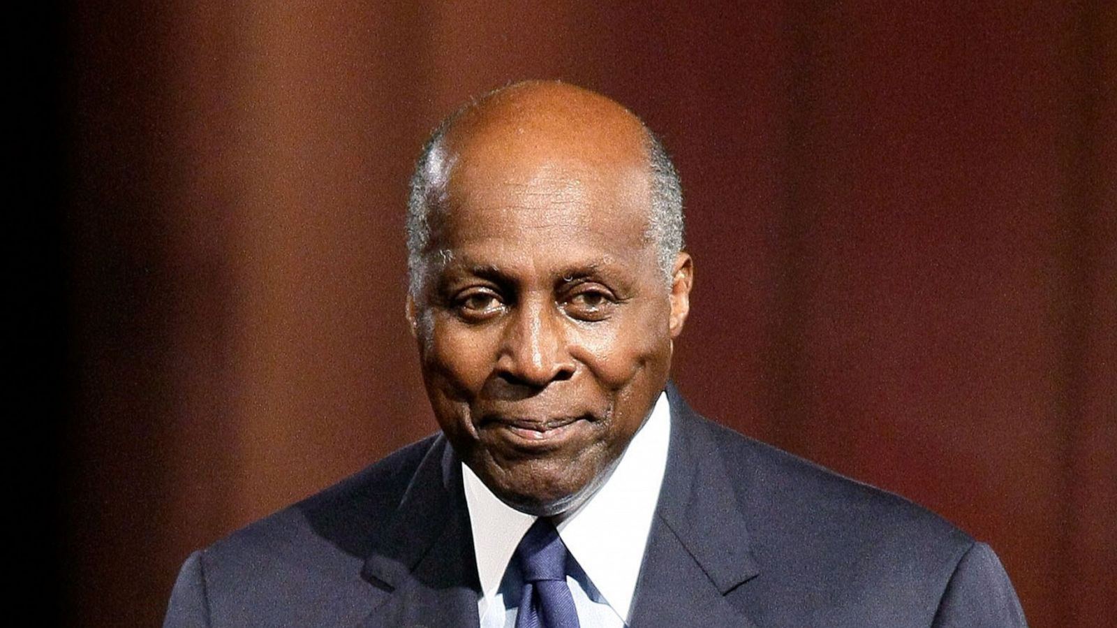 Vernon Jordan, Civil Rights Lawyer and Political Power Broker, Dies at 85
