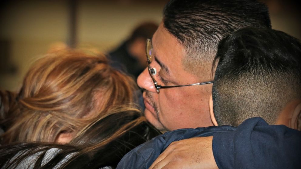 Jorge Garcia says goodbye to his family at Detroit Metropolitan airport before being deported, Jan. 15, 2018.
