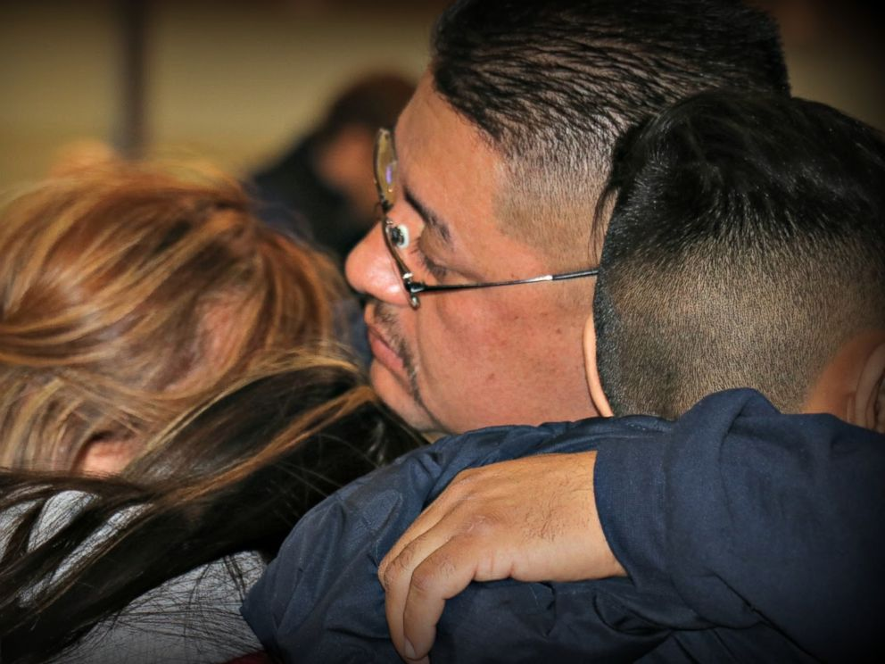 PHOTO: Jorge Garcia says goodbye to his family at Detroit Metropolitan airport before being deported, Jan. 15, 2018.