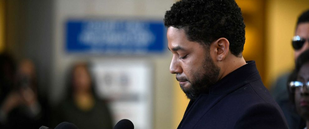 PHOTO: Actor Jussie Smollett talks to the media before leaving Cook County Court after his charges were dropped, March 26, 2019, in Chicago.
