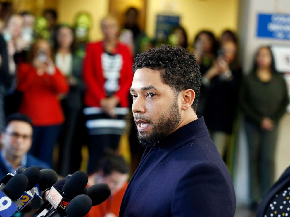 PHOTO: Jussie Smollett speaks with members of the media after his court appearance at Leighton Courthouse, March 26, 2019, in Chicago.