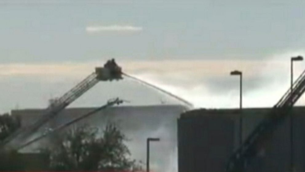 Small Plane Crashes Into Building At Wichita Airport Video