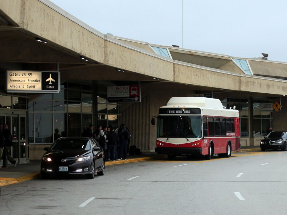 PHOTO: A bus picks up passengers bound for gates located in other terminals at Kansas City International Airport in Kansas City, Mo., Wednesday, Nov. 1, 2017.