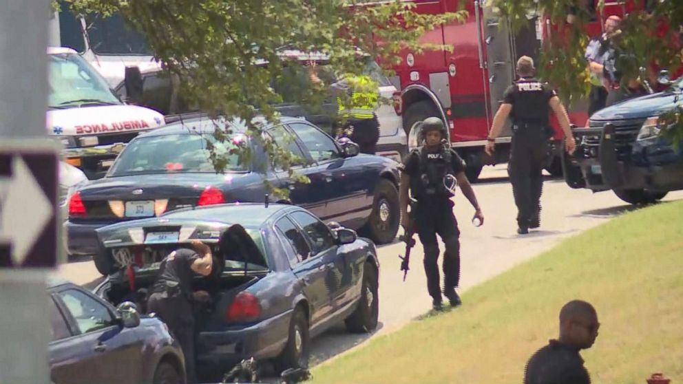 PHOTO: Police on the scene in Kansas City, Mo., July 15, 2018, after several police officers were involved in a shoot-out with a suspect and three officers suffered gun-shot wounds.