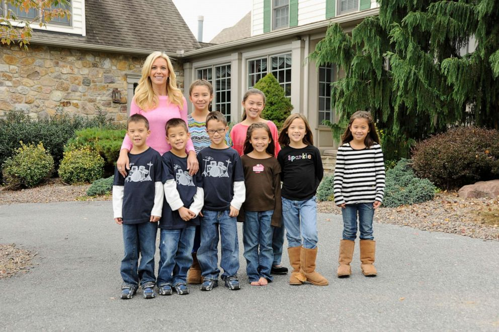 PHOTO: Kate Gosselin with her children will appear on Celebrity Wife Swap with former Playboy Magazine cover girl Kendra Wilkinson.