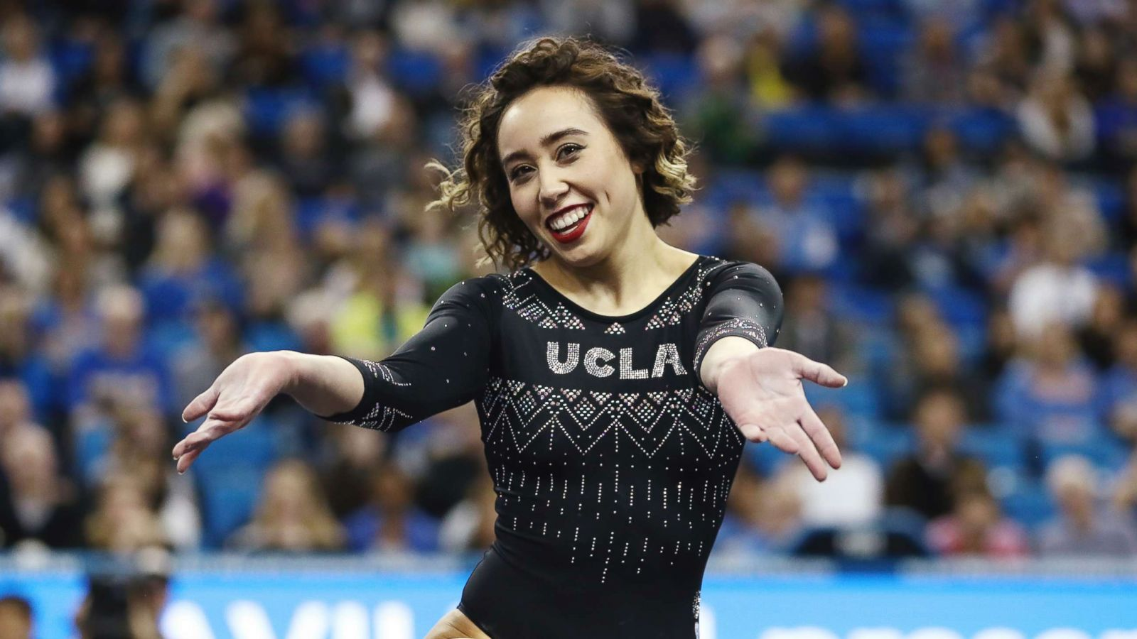 abcnews.go.com - Enjoli Francis and Susan Schwartz - UCLA gymnast entertains and wows with perfect-10 floor routine at competition