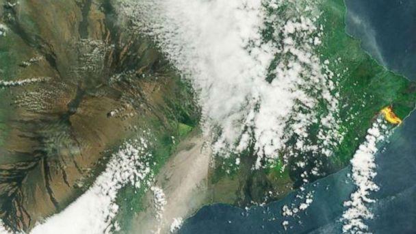 https://s.abcnews.com/images/US/kilauea-volcano-space-wide-ugc-mo-20180527_hpMain_16x9_608.jpg