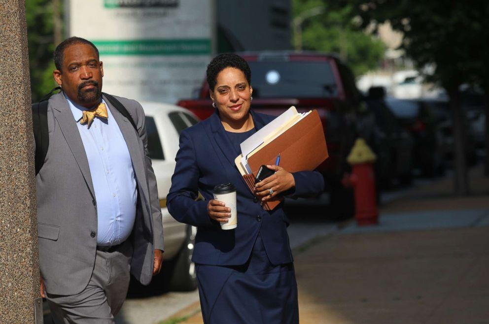Prosecutor rebukes former Missouri governor then drops