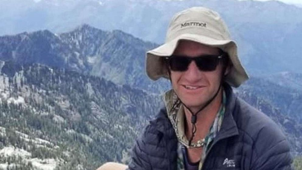 Missing California hiker found dead after 5-day mountains trek thumbnail
