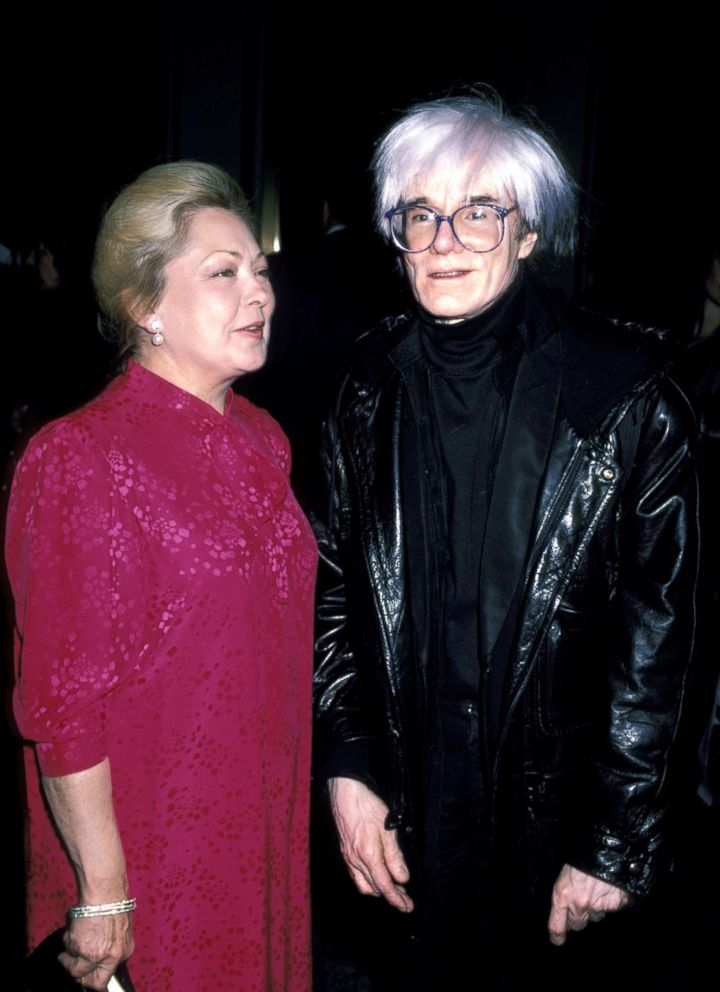PHOTO: Mathilde Krim and Andy Warhol during A Classic Evening for AIDS Research at New Yorks Academy of Arts in New York, Dec. 07, 1986.