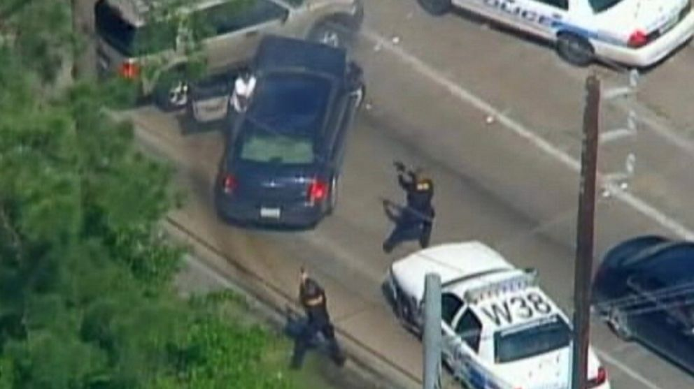 Man Fatally Shot After Police Chase, Multi-Vehicle Crash in Houston