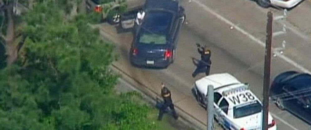 Man Fatally Shot After Police Chase, Multi-Vehicle Crash in