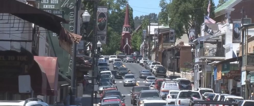 PHOTO: Residents of Sonora, California have heard a mysterious booming noise.