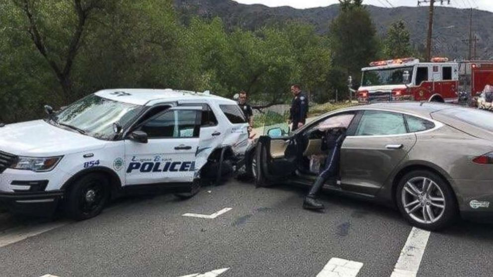 Tesla's Autopilot woes continue with Laguna Beach police ...