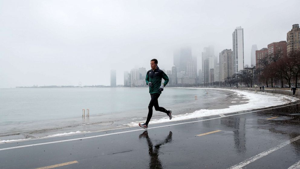 City of Chicago declares climate crisis after storms cause millions of dollars in damage to Lake Michigan shoreline