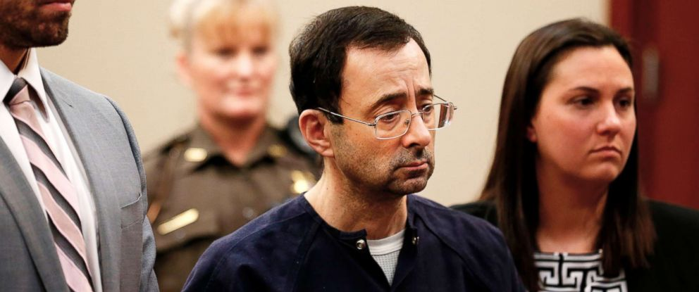 PHOTO: Former Michigan State University and USA Gymnastics doctor Larry Nassar (C) with defense attorneys Matt Newberg (L) and Molly Blythe (R) during the sentencing phase in Ingham County Circuit Court on Jan. 4, 2018 in Lansing, Mich.
