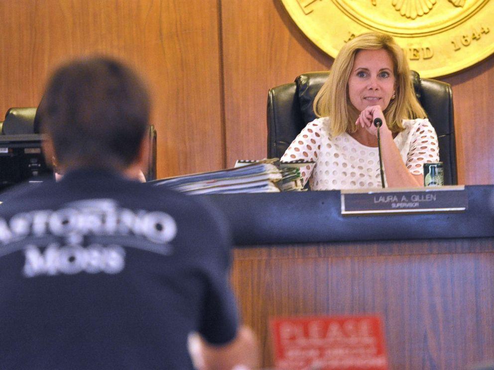 PHOTO: Hempstead Town Supervisor Laura Gillen presides over a meeting.