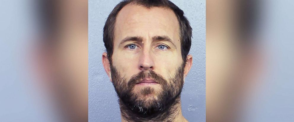 PHOTO: Lewis Bennett is pictured in an undated booking photo released by the Broward Sheriffs office in Florida.