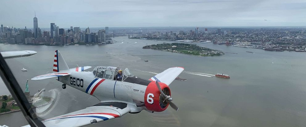 PHOTO: The Skytypers flew past the Statue of Liberty and One World Trade Center on May 23, 2019.
