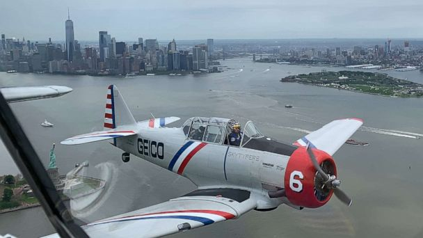 A new perspective on a Memorial Day tradition: Here's what it's like to fly over New York in a WWII airplane