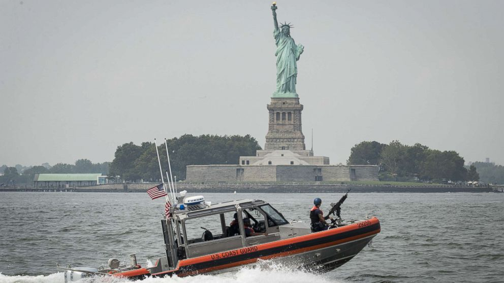 statue of liberty reopens after fire forced 3 400 people to evacuat