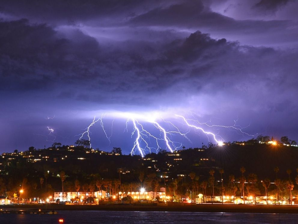 Major storm brings spectacular lightning show to Southern